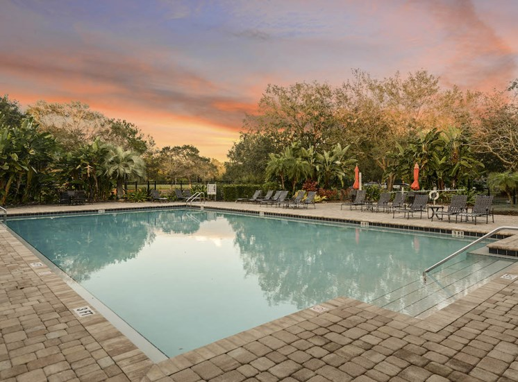 The Savannahs at James Landing Melbourne FL 32935 calm relaxing pool