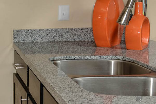 The Savannahs at James Landing Melbourne FL 32935 granite countertops in kitchen