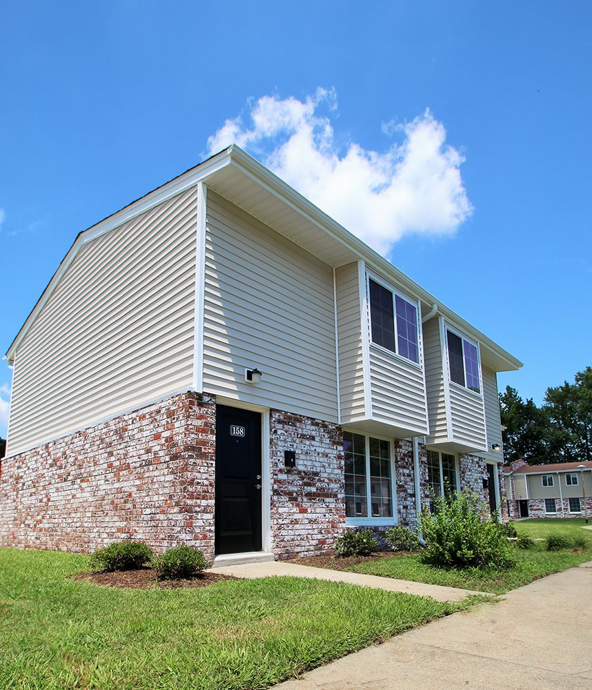 Apartments In Hampton Va: Photos And Video Of Buckroe Pointe Apartment Townhomes In