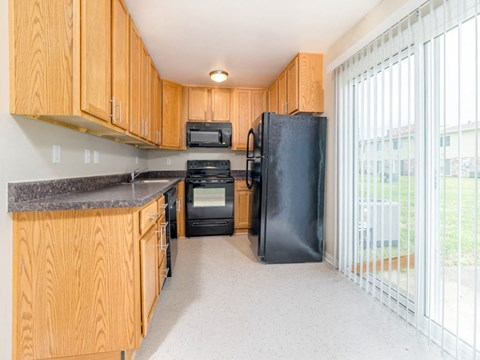Kitchen 2 at Buckroe Pointe Apartments Townhomes