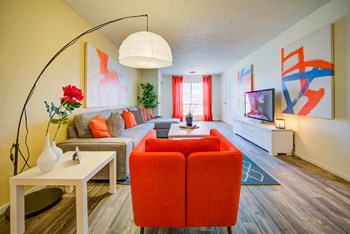 4770 E Owens Avenue 1-3 Beds Apartment for Rent Photo Gallery 1