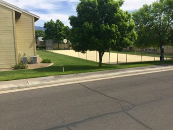 261 Sun Valley Drive #Office 1-2 Beds Apartment for Rent Photo Gallery 1