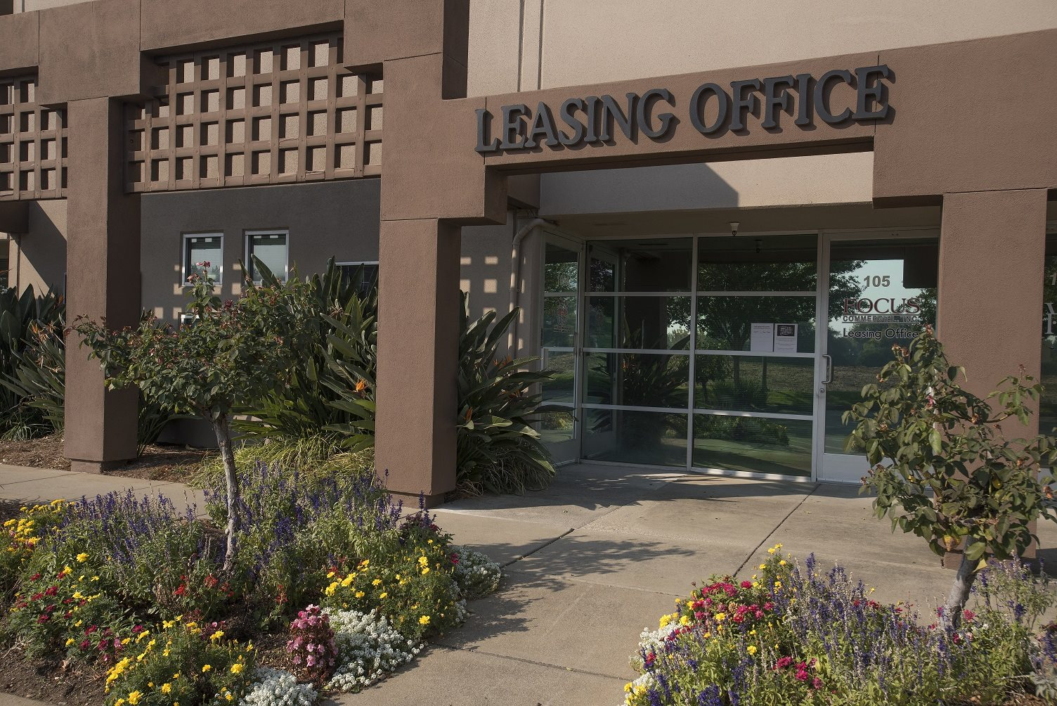 Sierra Business Center Leasing Office