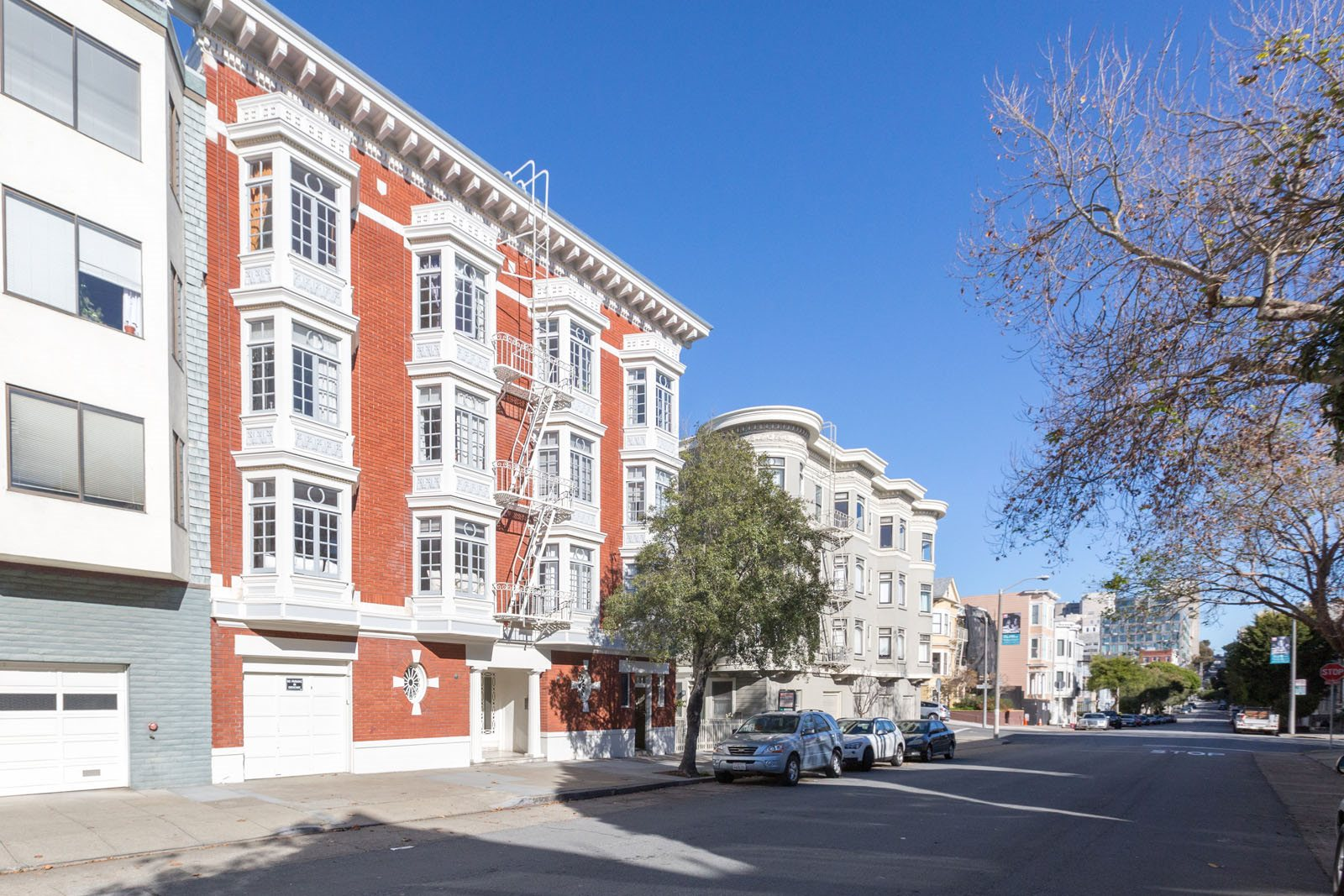 2730 SACRAMENTO Apartments homepagegallery 2