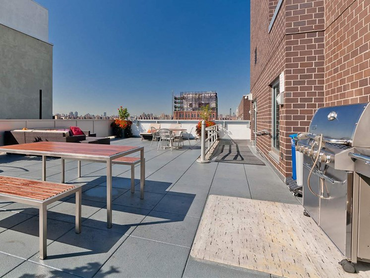 Rooftop Grill at 34 Berry, Brooklyn, 11249