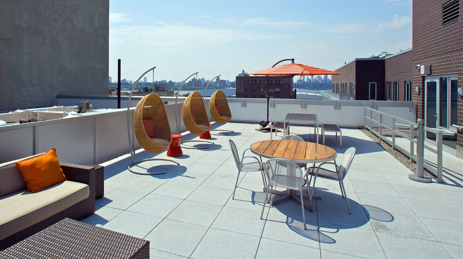 34 Berry | Apartments in Brooklyn, NY