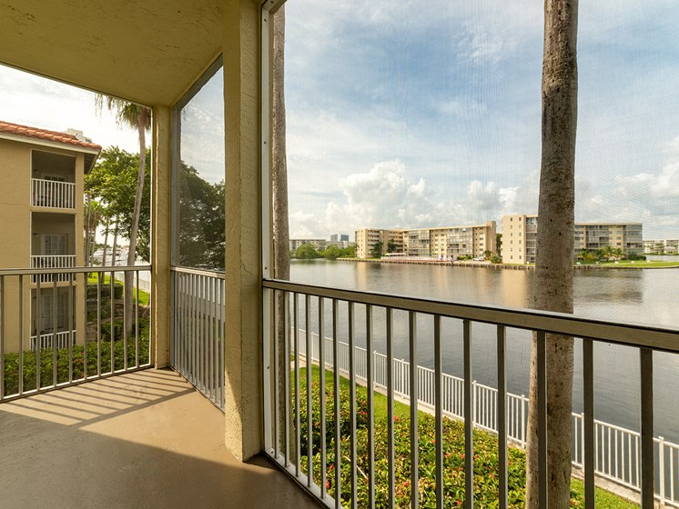 Water View at Lincoln Pointe, Florida, 33160