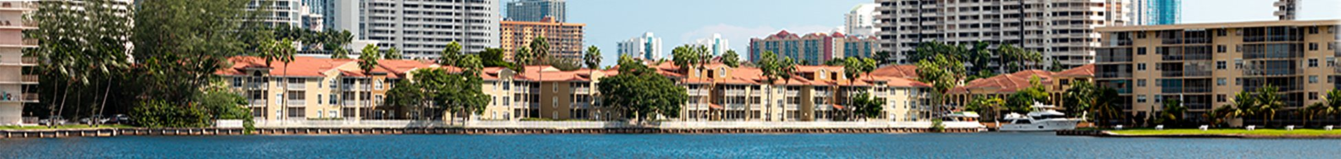 Lincoln Pointe Banner at Lincoln Pointe, Aventura, Florida
