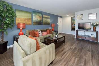 8098 Ravens Crest Court 1-2 Beds Apartment for Rent Photo Gallery 1