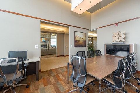 Business Center with High Speed Internet, at Wentworth House,North Bethesda