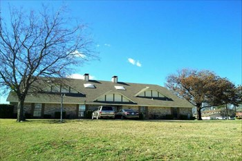 536-542 E. Windsor 2-3 Beds Duplex/Triplex for Rent Photo Gallery 1