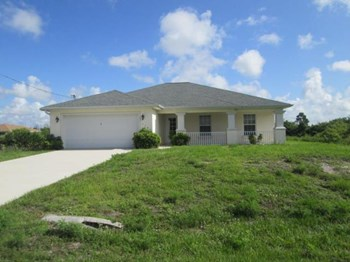 1141 Ebert E Street 3 Beds House for Rent Photo Gallery 1