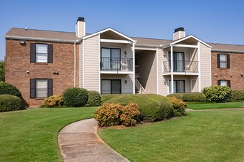 222 Kyser Blvd 1 Bed Apartment for Rent Photo Gallery 1