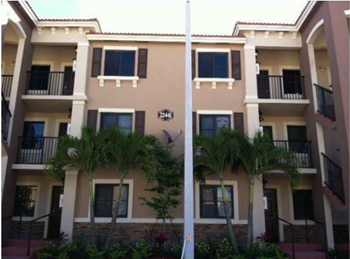 22541 SW 88th Place #204 2 Beds House for Rent Photo Gallery 1