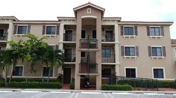 22311 SW 88Th Place #303 2 Beds House for Rent Photo Gallery 1