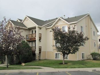 1847 Kearns Boulevard 2-3 Beds Apartment for Rent Photo Gallery 1
