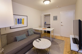 1016 Washington Street 2 Beds Apartment for Rent Photo Gallery 1