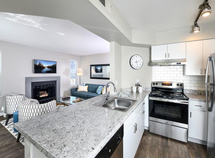 Kitchen Arcadia Apartment Homes Centennial, CO