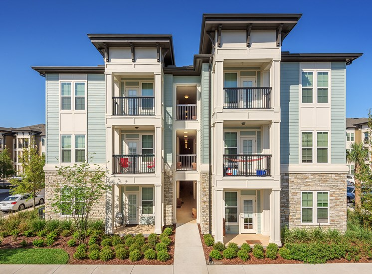 Nona Park Village Apartments - Private balcony or patio with every apartment