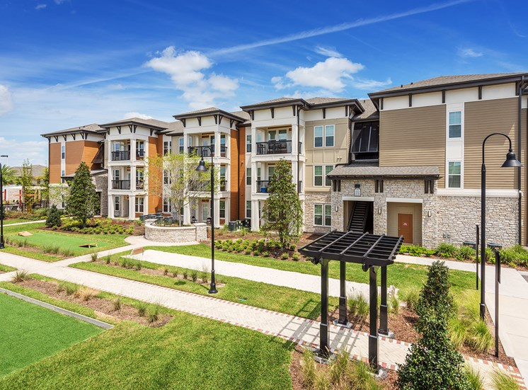 Nona Park Village Apartments - Bocce ball, horseshoe and corn hole courts