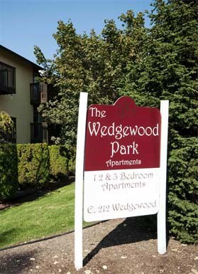 212 E. Wedgewood Ave 1-2 Beds Apartment for Rent Photo Gallery 1