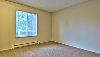 11432 105th Avenue SW 1-3 Beds Apartment for Rent Photo Gallery 1