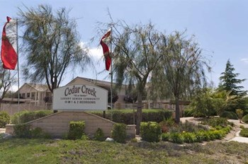 1530 W. Ave. K-8 1-2 Beds Apartment for Rent Photo Gallery 1