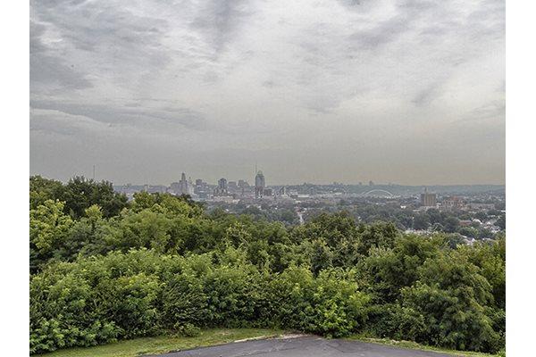 Spectacular Views of Cincinnati Skyline at Crown Pointe in Kentucky