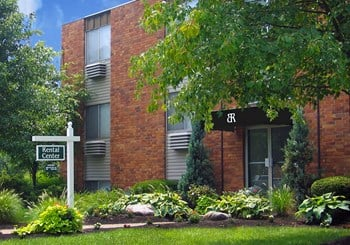 2335 Alexandria Parkway Apt 44B 1 Bed Apartment for Rent Photo Gallery 1