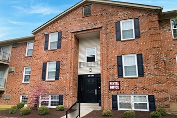 44 Concord Woods Drive 1 Bed Apartment for Rent Photo Gallery 1