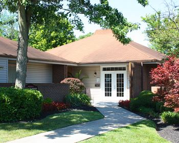 3803 Fox Run Drive 2 Beds Apartment for Rent Photo Gallery 1