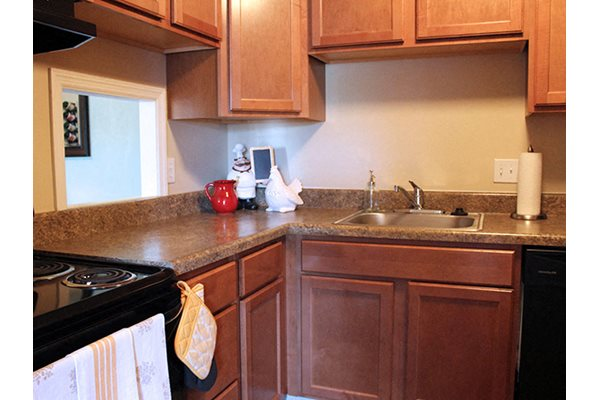 Fully equipped kitchens at Fox Run Apartments in Blue Ash, OH