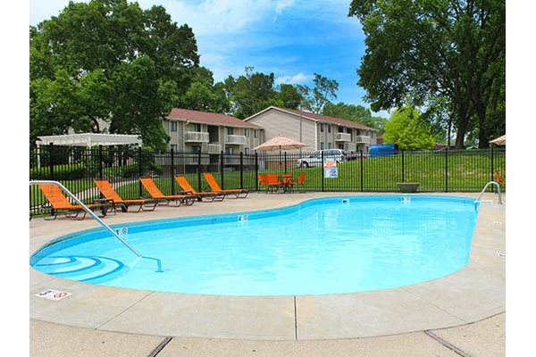 Swimming Pool at Forest Creek