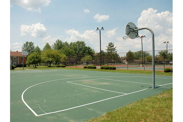 Outdoor, basketball court with lighting at Steeplechase Apartments, Loveland, OH, 45140