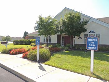 1630 Saddle Way 1-2 Beds Apartment for Rent Photo Gallery 1