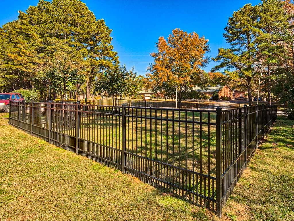 Dog_Park_Colonial_Pines_