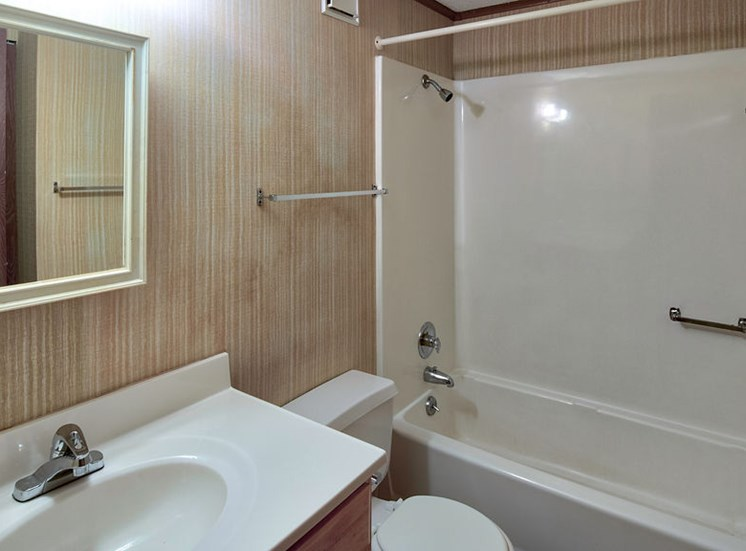 bath at affordable apartments near Ft Eustis