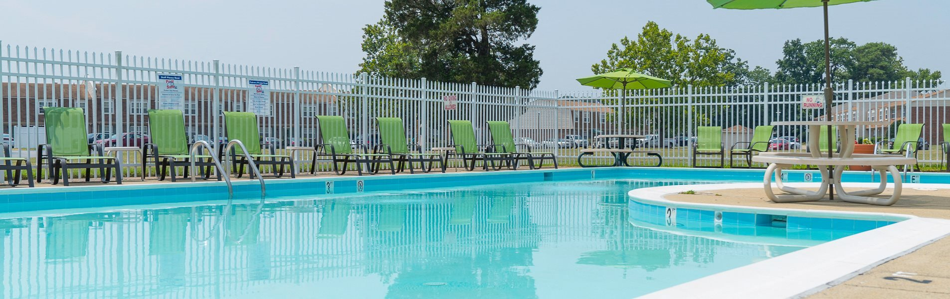 banner-pool  at Warwick Villages Apartments in Newport News VA