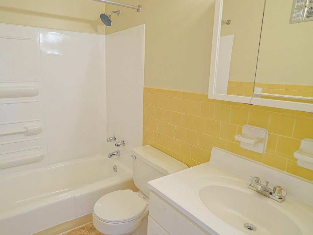 Bathroom in Apartments in Poquoson VA