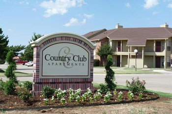 2001 S Country Club Road 1-2 Beds Apartment for Rent Photo Gallery 1