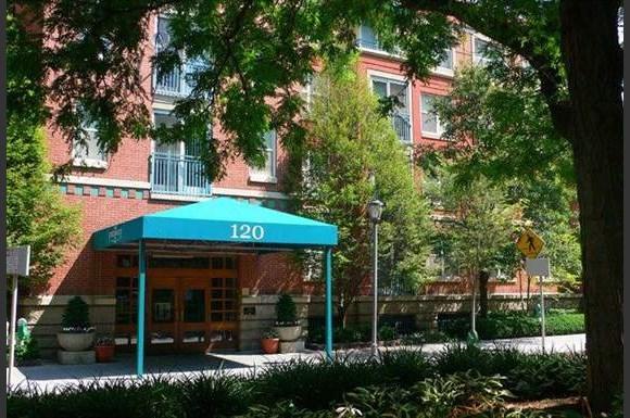 Downtowne Apartments 151 West Seventh Street Cincinnati