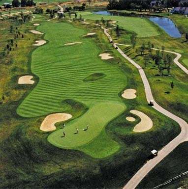 Four Bridges Luxury Apartments with Golf
