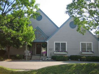 7677 Tours Lane 1-2 Beds Apartment for Rent Photo Gallery 1