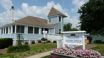 450 N. Keeneland Drive 1-3 Beds Apartment for Rent Photo Gallery 1
