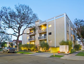 860 South Wooster Street 1 Bed Apartment for Rent Photo Gallery 1