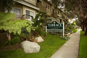 11400 National Blvd 2 Beds Apartment for Rent Photo Gallery 1
