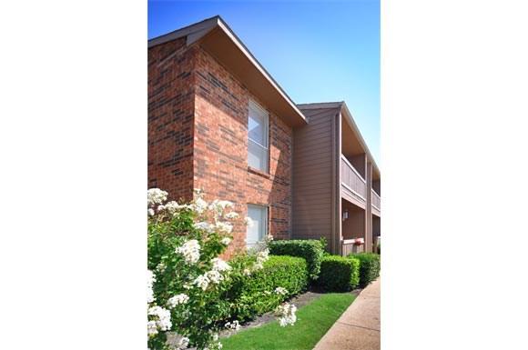 Creekstone Apartments 11110 Woodmeadow Dallas Tx Rentcaf 233