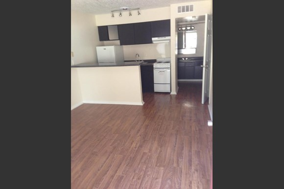 Meadowbrook Apartments 4600 Paluxy Tyler Tx Rentcaf