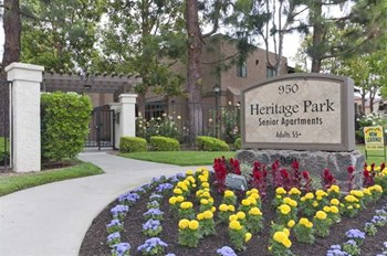 950 S. Gilbert Ave. 1-2 Beds Apartment for Rent Photo Gallery 1