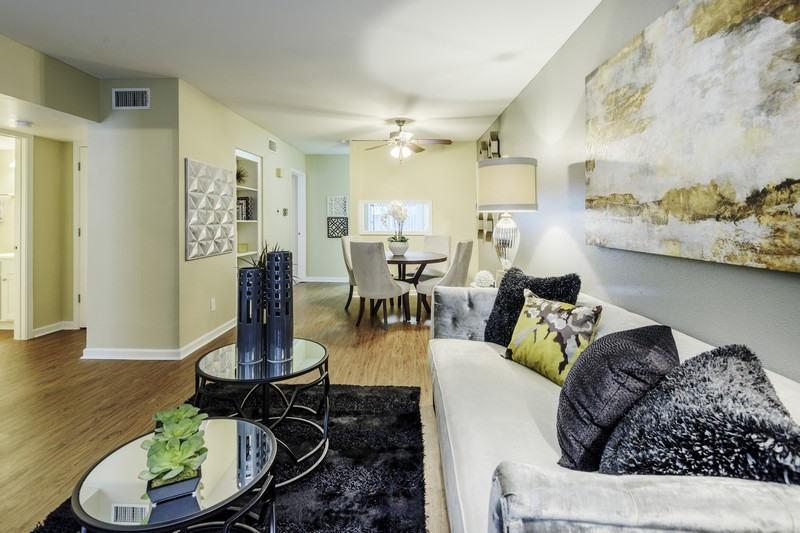 Charming 5410 North Braeswood Blvd. 1 3 Beds Apartment For Rent Photo Gallery 1